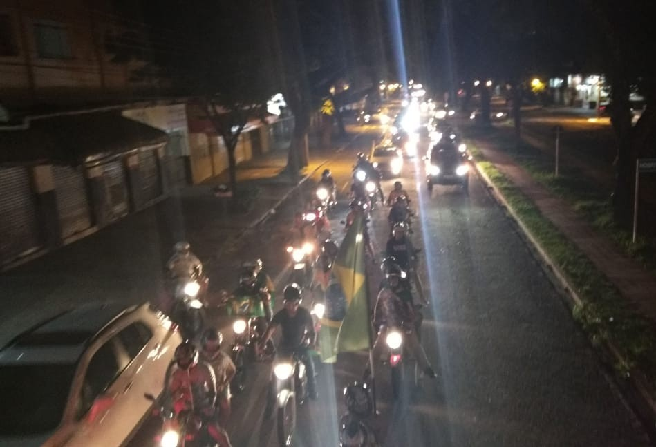 Carreata em comemoração a Bolsonaro é realizada em Maringá