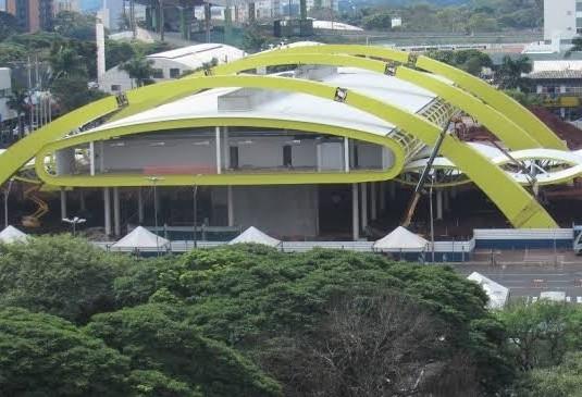 Problema com fornecedores atrasa a colocação de piso no Terminal Intermodal