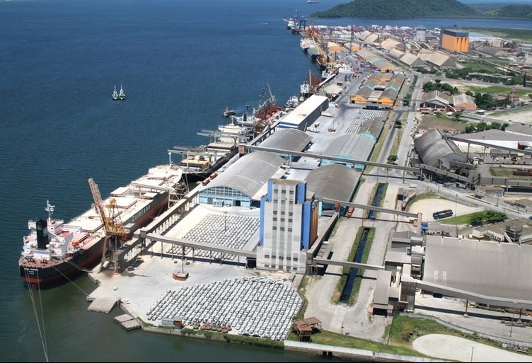 Porto de Paranaguá opera cinco milhões de toneladas em setembro