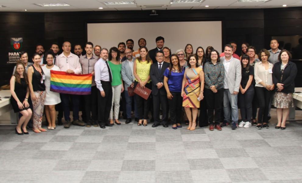 Paraná formaliza rede de defesa aos direitos LGBT