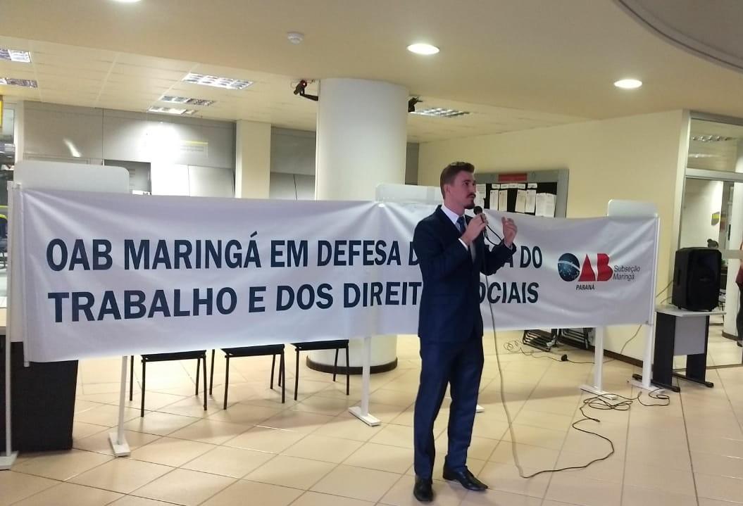 Advogados protestam contra ataques vindos do Executivo e Legislativo
