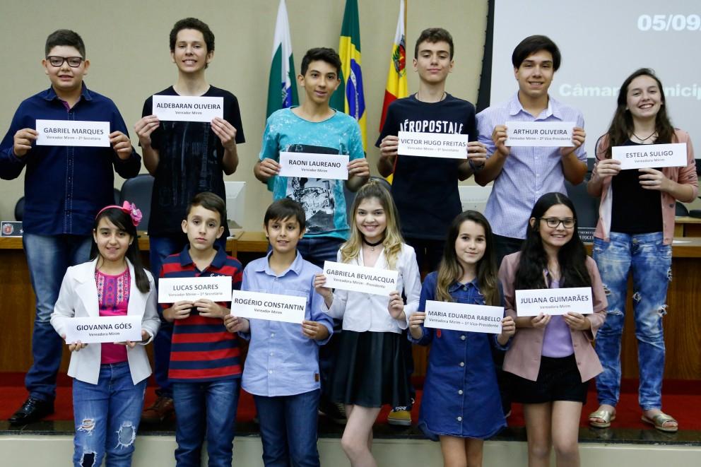 Projeto Câmara Mirim gestão 2017/2018 já tem mais de 100 inscritos em Maringá