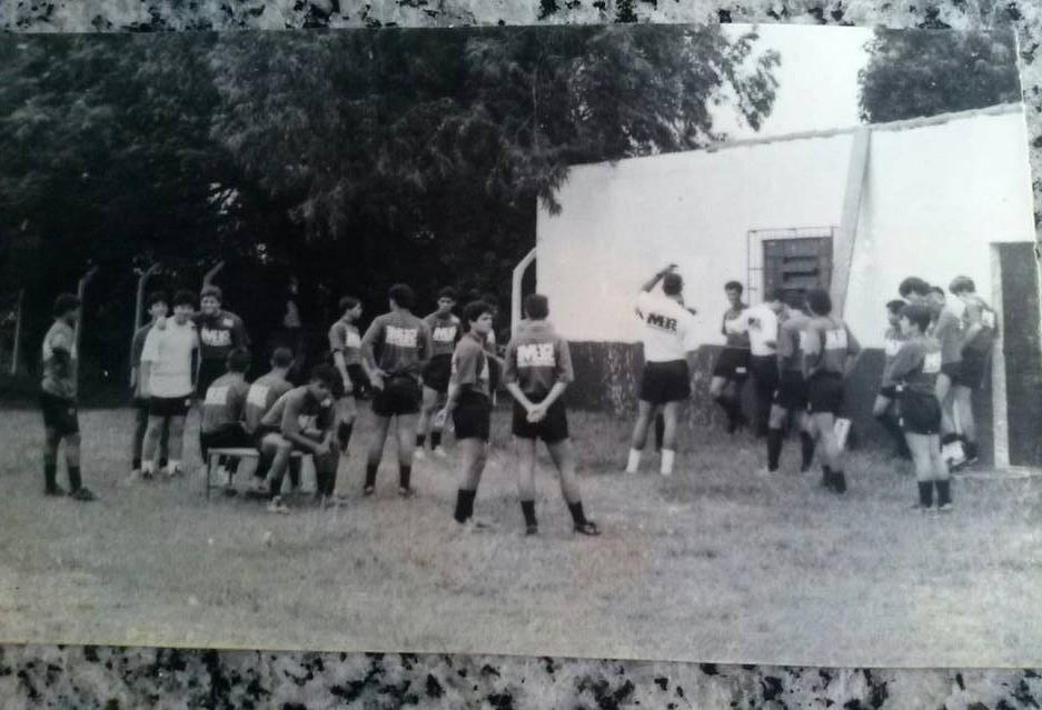 Os campos de futebol em Maringá