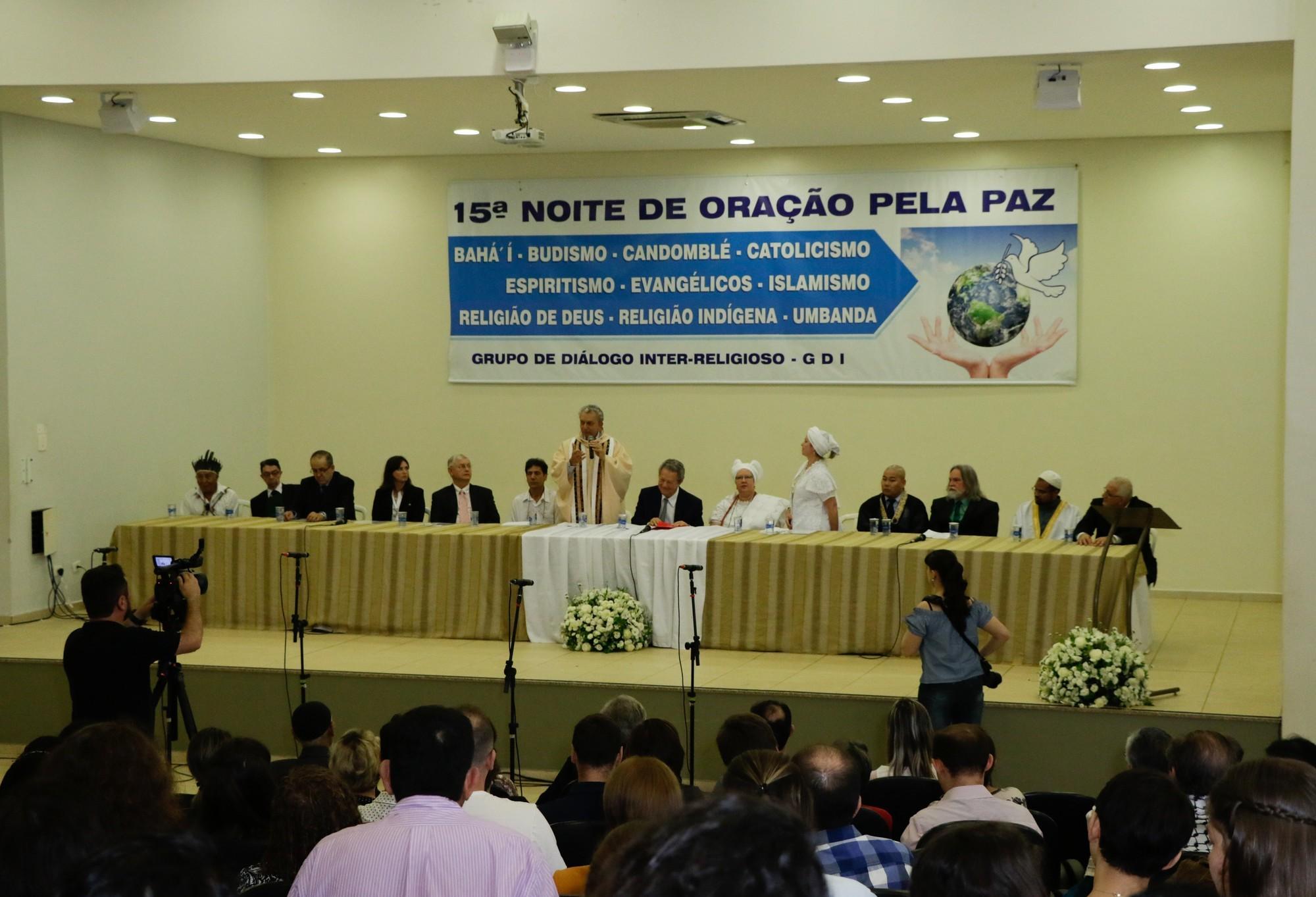 Maringá terá a 16ª Noite de Oração pela Paz com 11 religiões
