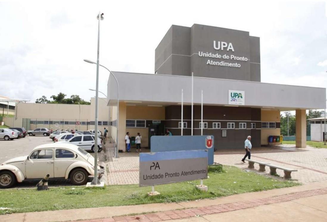 Vereador denuncia goteiras na recepção da UPA Zona Sul