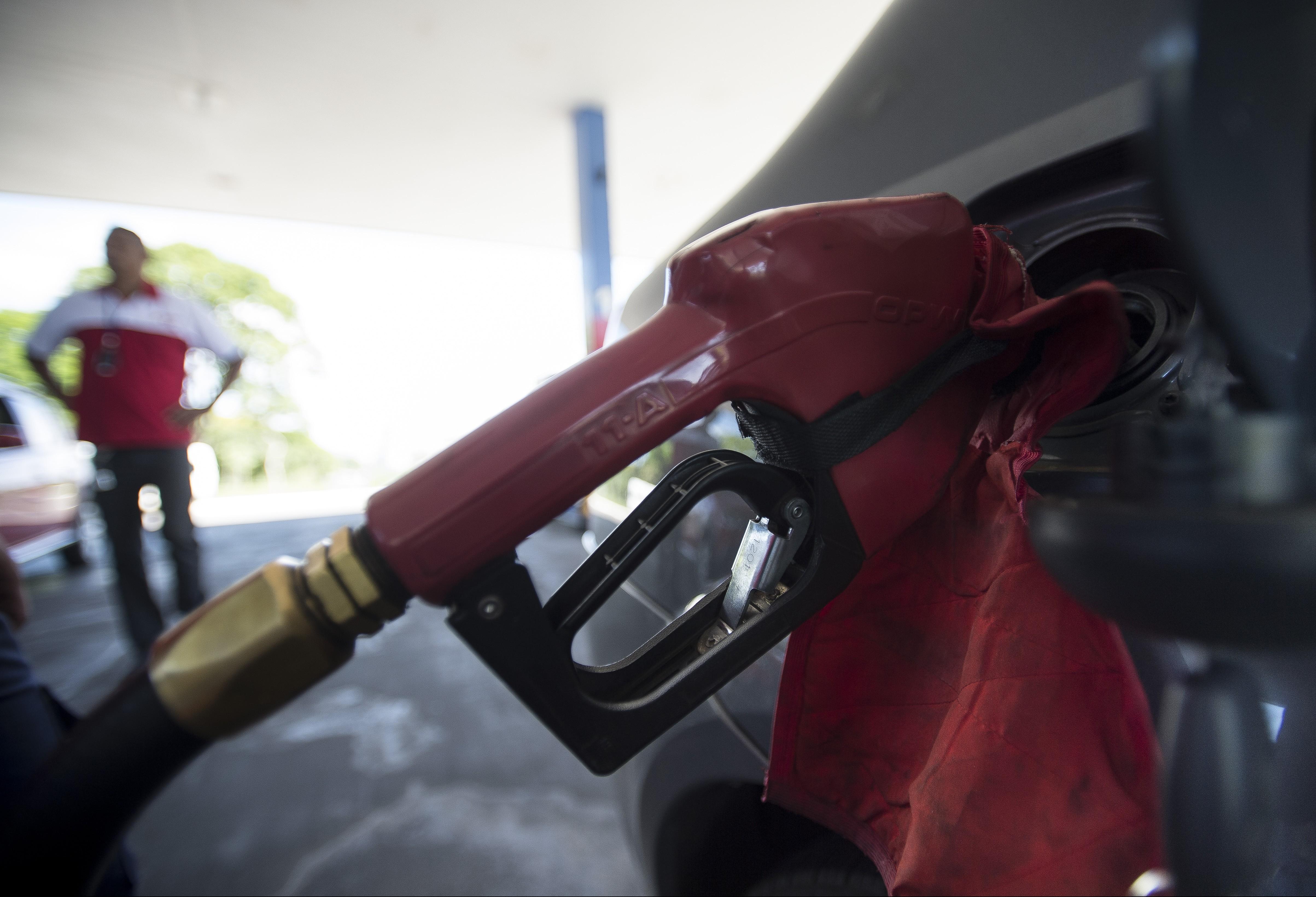 Dois postos de combustíveis de Maringá correm o risco de perder o alvará