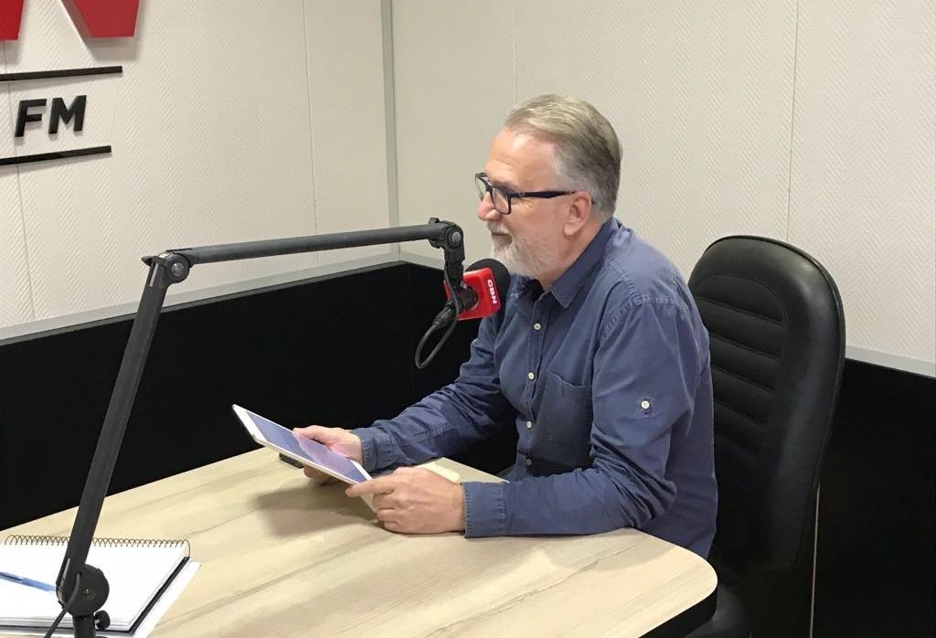 Prefeitos do Paraná apresentam pauta municipalista a Álvaro Dias