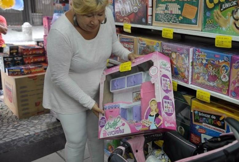 Dia das Crianças tem consumidor consciente e inadimplente
