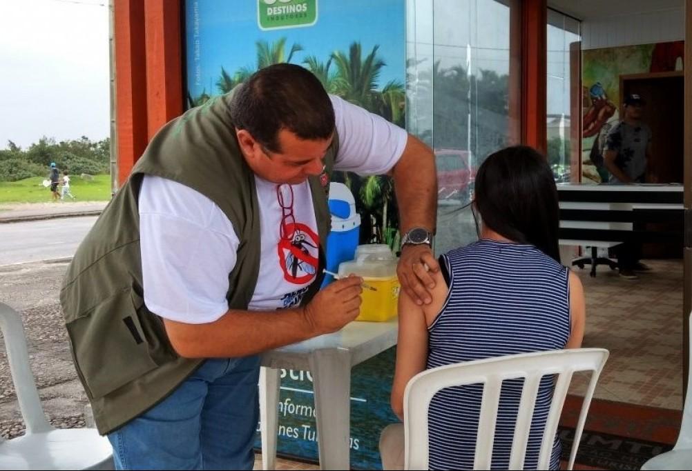 110 mil pessoas devem ser vacinadas no Paraná contra a dengue