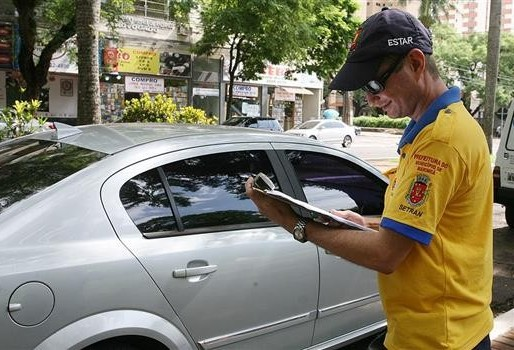 Após receber negativa do Detran, Prefeitura de Maringá desiste de retirar multas geradas pelo Estacionamento Rotativo