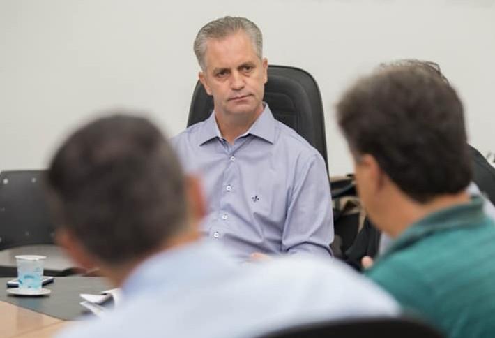 Prefeito Ulisses Maia não atende convite de vereadores