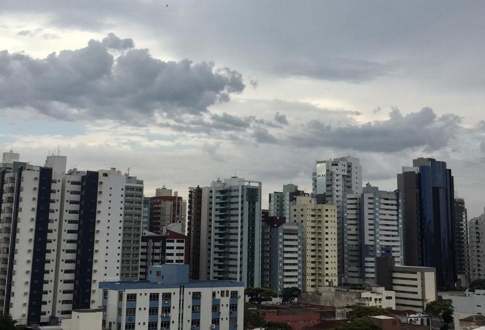 Prefeitura de Maringá alerta sobre chuva com ventos fortes