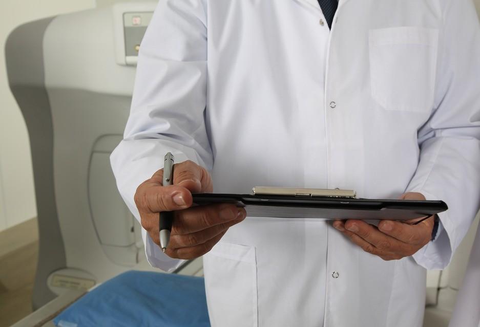 Quatro pacientes da Santa Casa de Campo Mourão estão entubados no PA