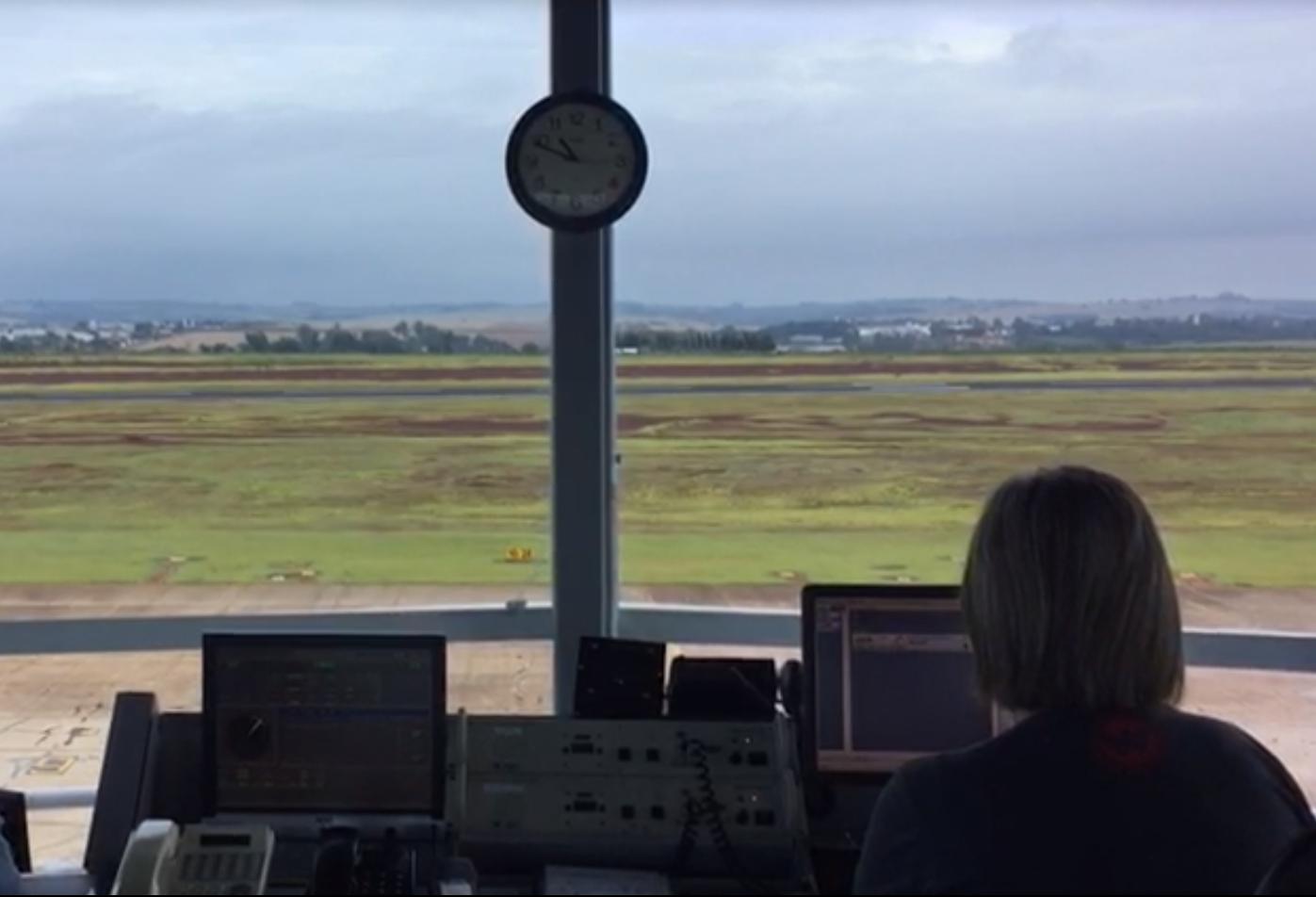 Desde o início deste mês, torre de controle voltou a funcionar 24h por dia