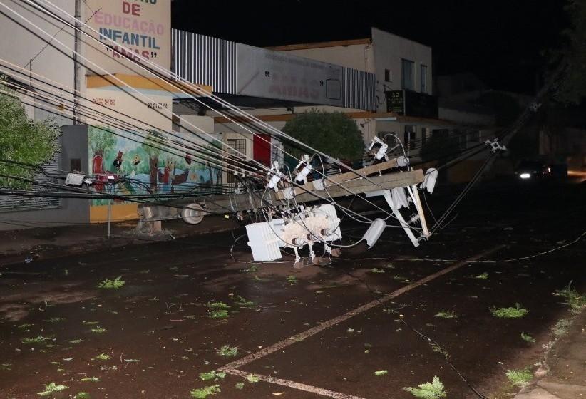 6,5 mil unidades permanecem sem energia em Maringá e Sarandi