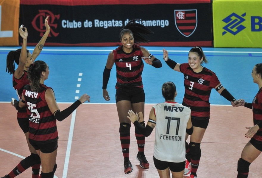 Amavôlei perde para o Flamengo por 3 sets a 0