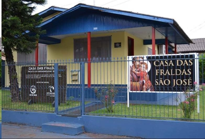 Projeto doará 100 sutiãs com próteses mamárias em Campo Mourão