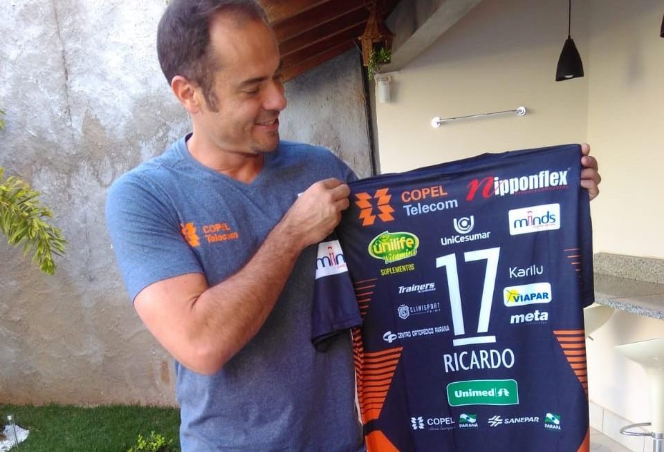 Ganhador do ouro olímpico e considerado um dos mais importantes levantadores da história do vôlei, Ricardinho dá adeus às quadras