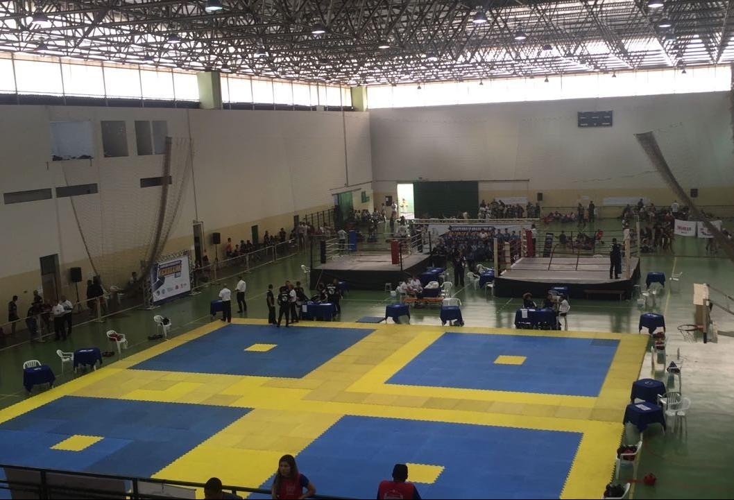 Maringá sedia competições de kickboxing