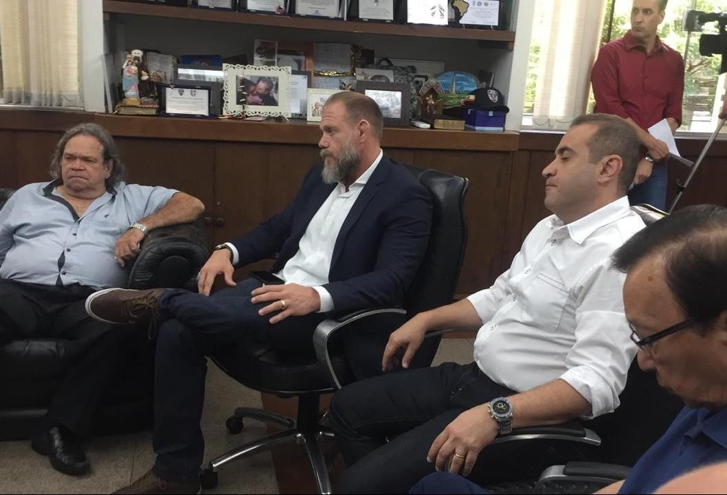 Maringá pede quatro delegados para o delegado-geral do estado