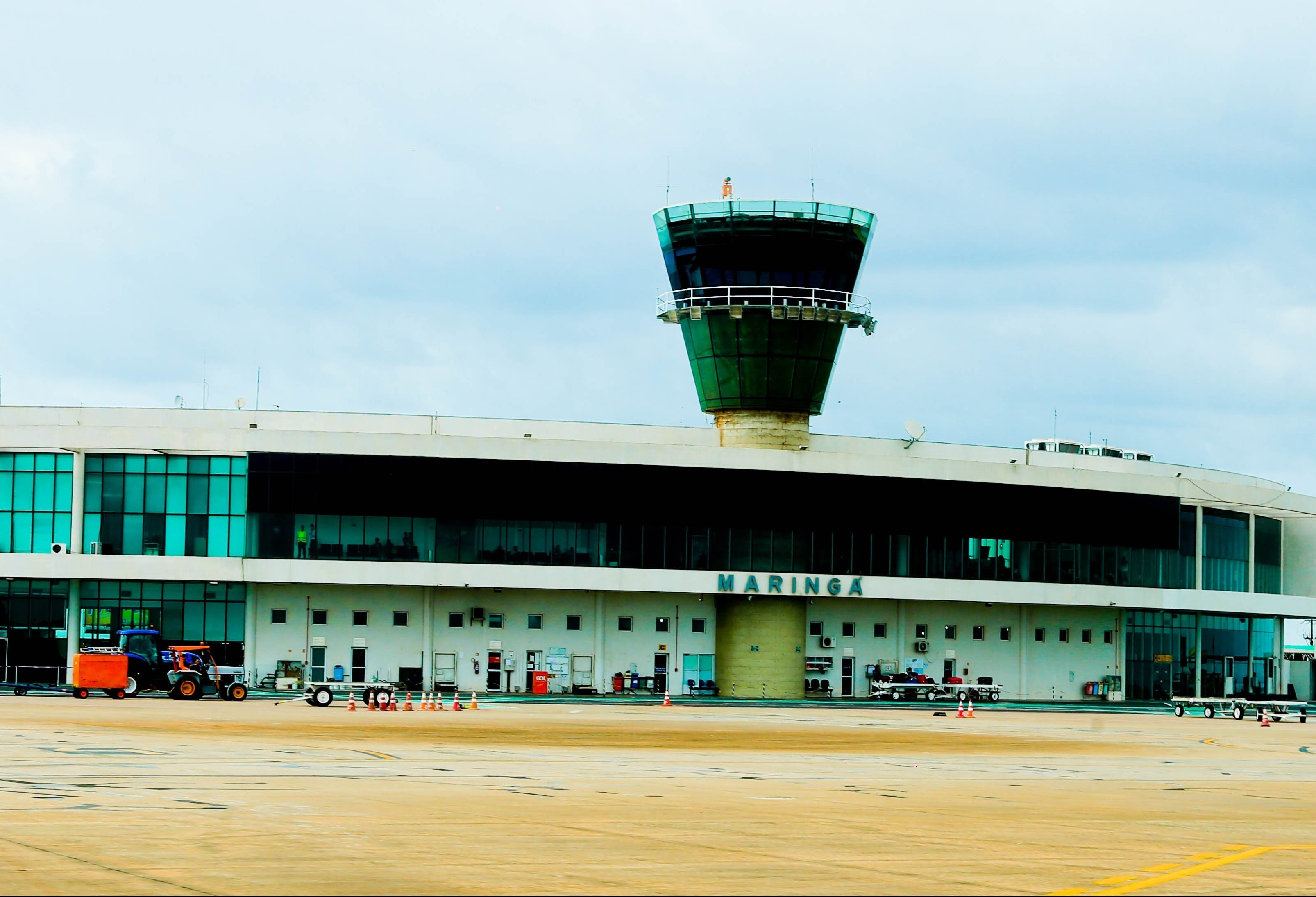 Empresa mineira deve operar o Terminal de Cargas Aéreas de Maringá