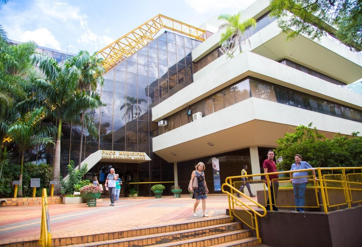 Servidores de Maringá rejeitam proposta da administração