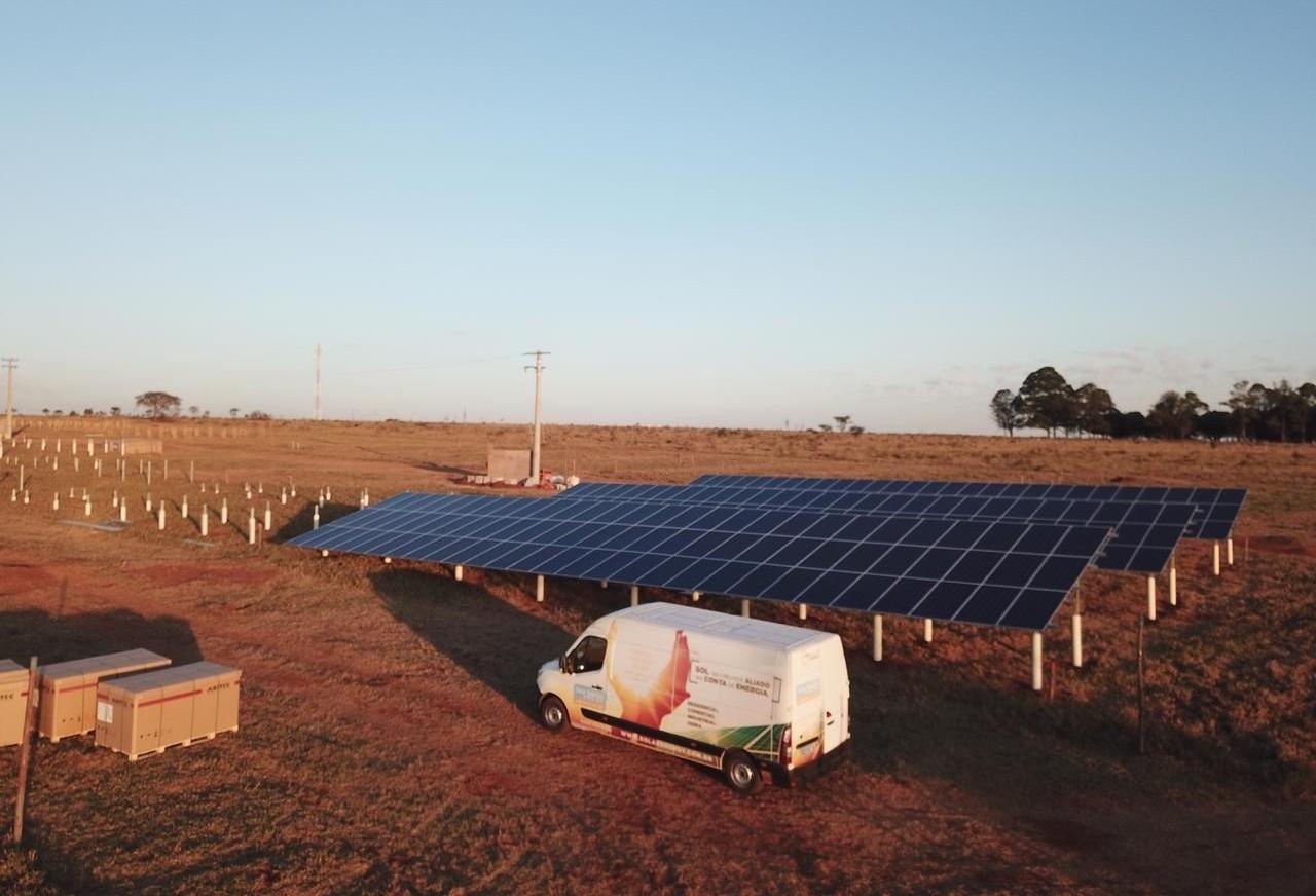 Condomínio solar é instalado em Campo Grande