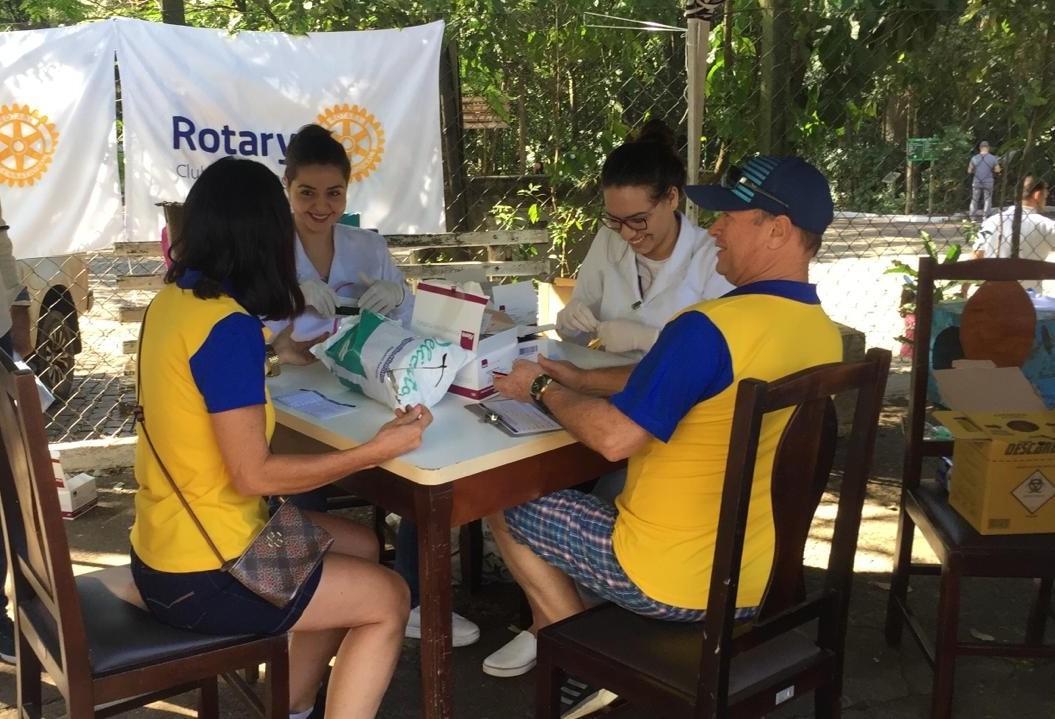 Rotary mobilizado contra hepatite C
