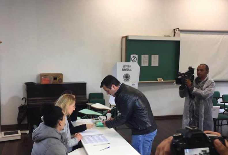 Candidato João Arruda (MDB) diz que vai para o segundo turno