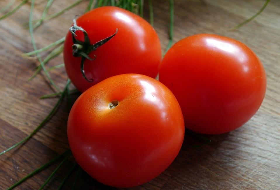 Muita chuva e pouca oferta faz preço do tomate subir