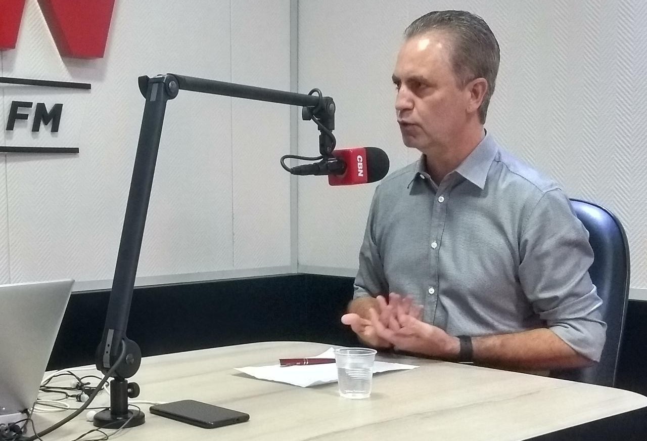 Maringá tem mais de 100 obras em andamento, diz prefeito