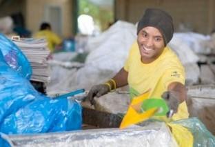 Empresa cria projeto que desenvolve a coleta de materiais recicláveis