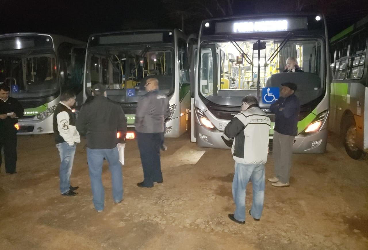 Em ação de Sindicato, ônibus metropolitanos atrasam