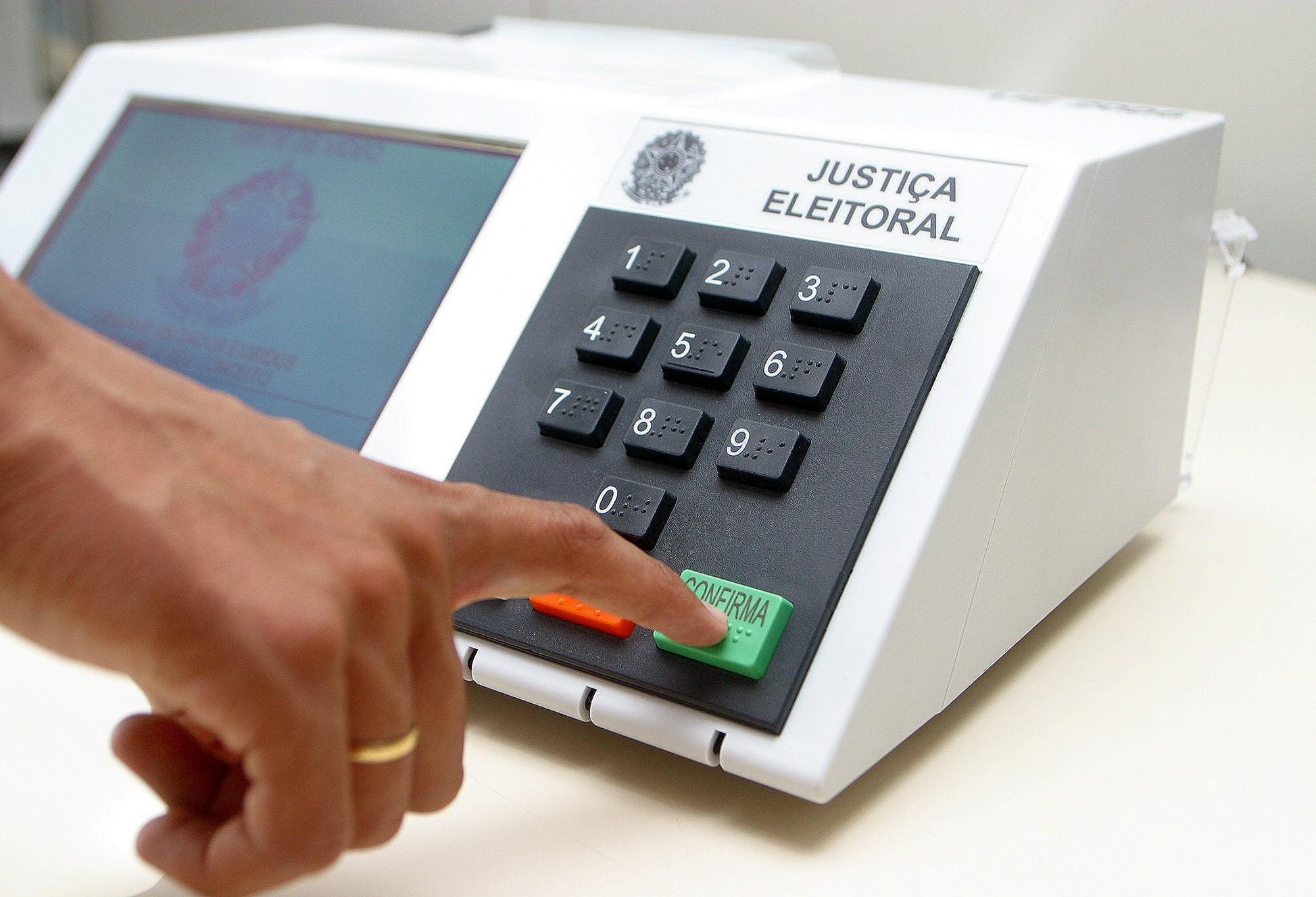 Justiça Eleitoral muda local de votação de 20.304 eleitores