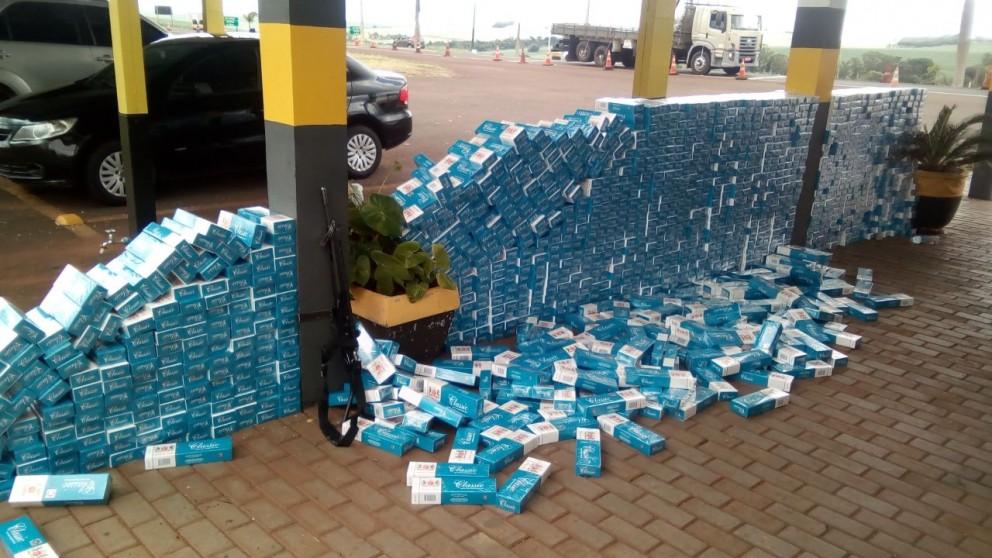 PRE apreende 16.500 caixas de cigarro na PR-546