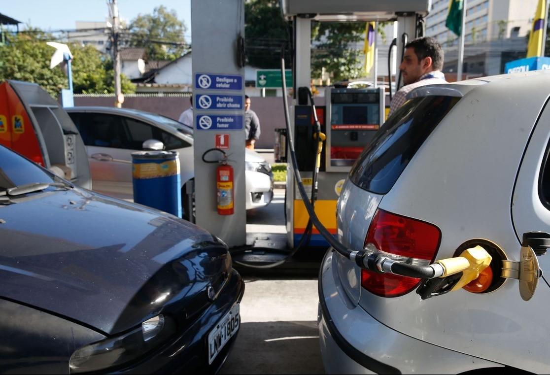 Receita Estadual autua postos de combustíveis em quase R$ 390 mil