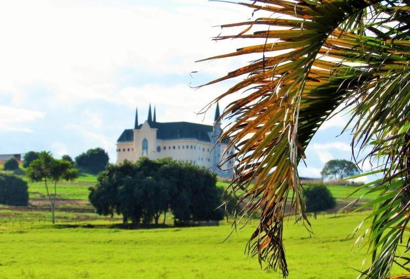 Castelo em Maringá tem programação para o Dia das Mães
