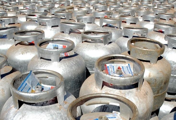 Notícia falsa de nova greve faz gás de cozinha acabar em Maringá