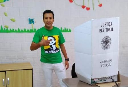 Soldado Adriano José diz que votou contra a inversão de valores