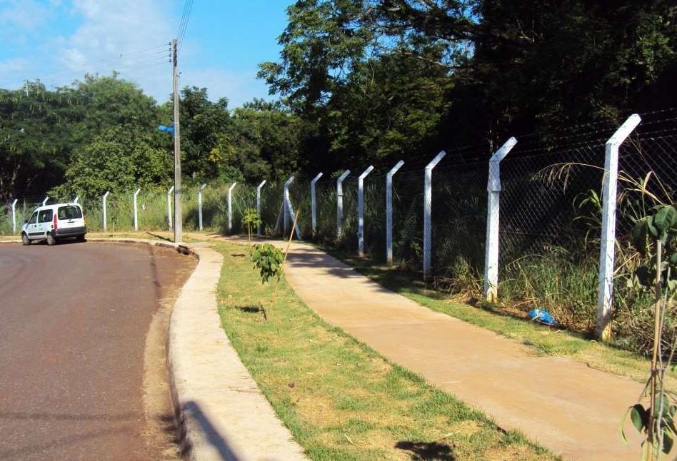 Prefeitura gasta mais de R$ 100 mil por ano com manutenção de alambrados