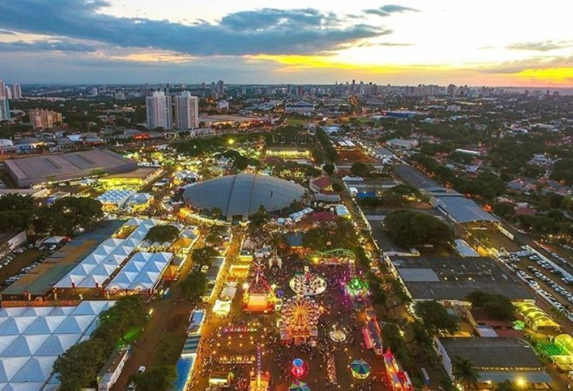 Crea inicia fiscalização das estruturas do Parque de Exposições de Maringá