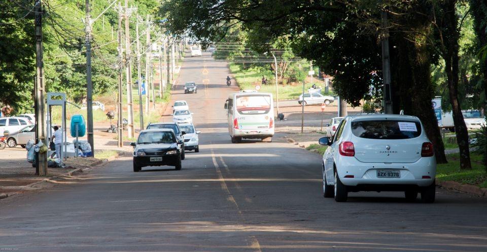 Licenciamento de mais de 93 mil veículos emplacados em Maringá vence neste mês