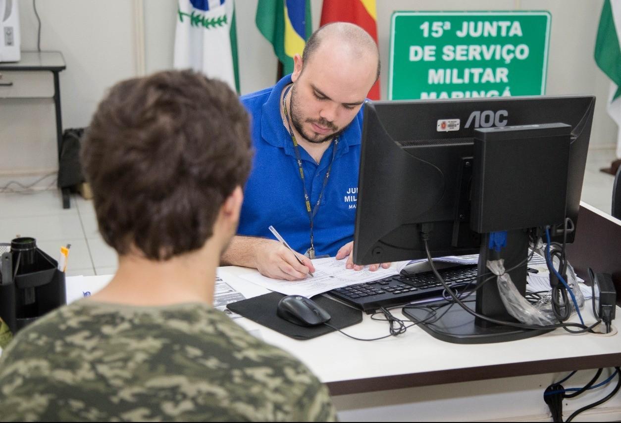 Começa alistamento militar em Maringá