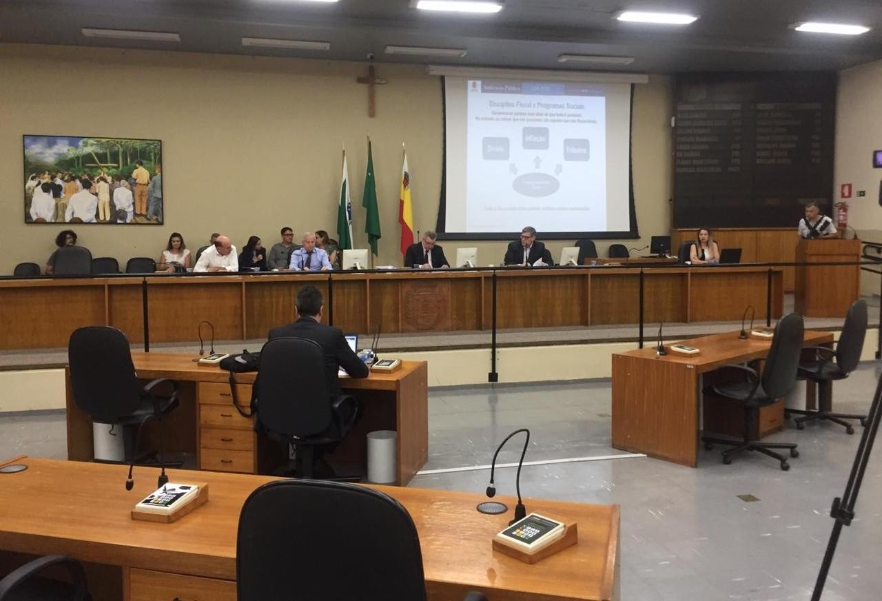 Vereadores apresentam 17 emendas ao Orçamento de Maringá