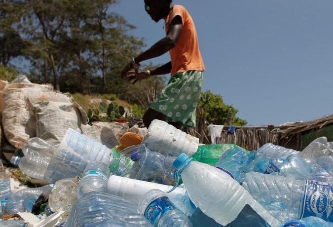 Brasil é o 4º país que mais produz lixo plástico no mundo