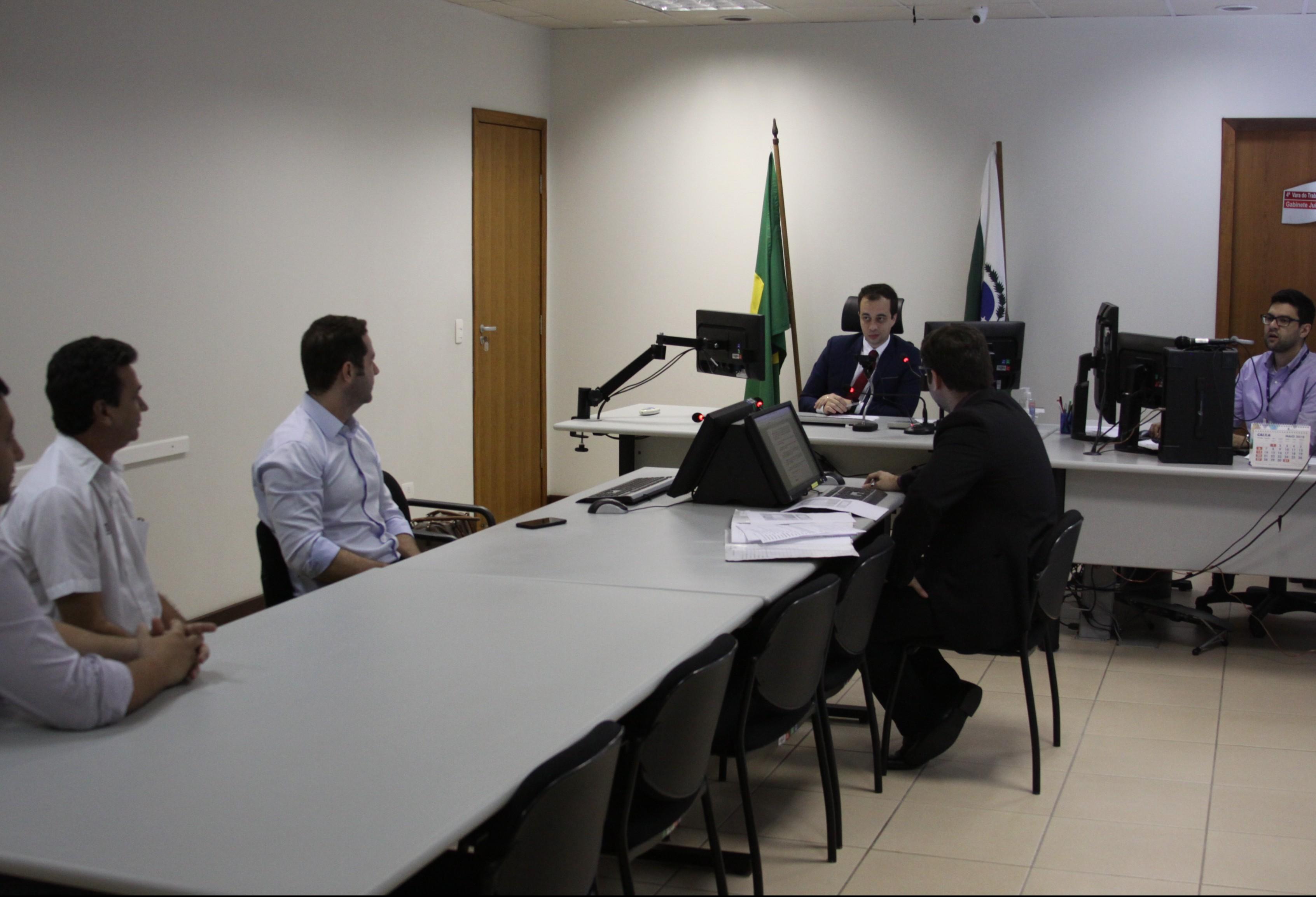 Justiça do Trabalho registra redução de 40% em processos em Maringá