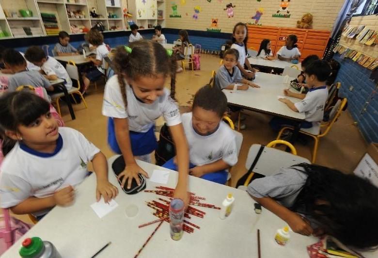 Vereador propõe que iniciativa privada adote escolas municipais
