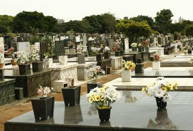 Maringá terá mais um City Tour Histórico no cemitério municipal