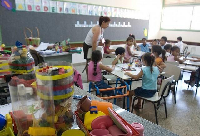 Edital para compra de vagas em creche é revogado em Maringá