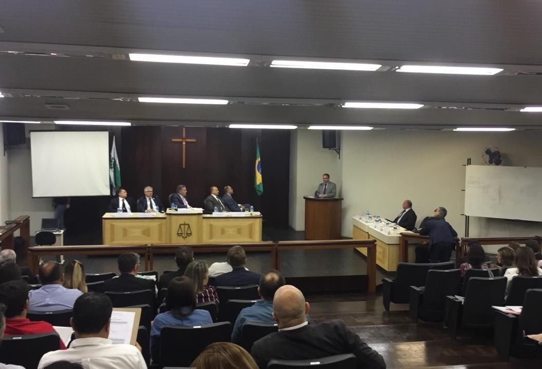 Em Maringá, juízes solicitam mais servidores para o TJ